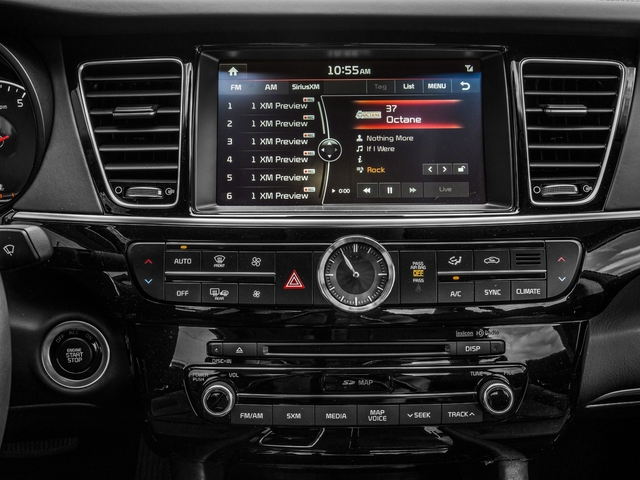 2018 Kia K900 Pictures K900 V8 Luxury photos stereo system