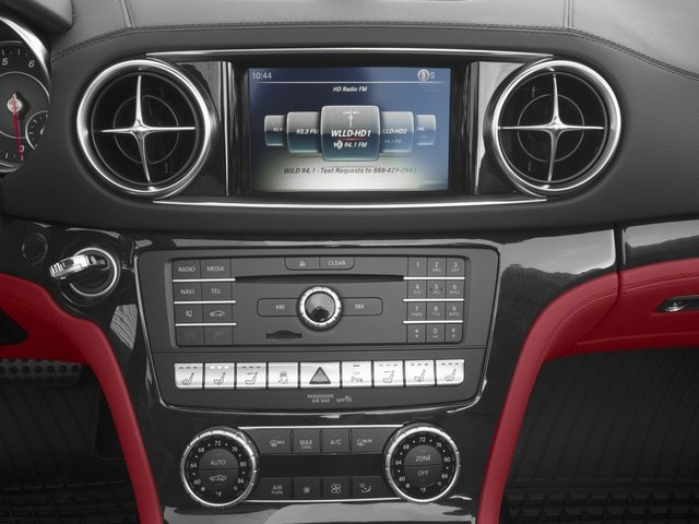 2018 Mercedes-Benz SL Pictures SL SL 450 Roadster photos stereo system