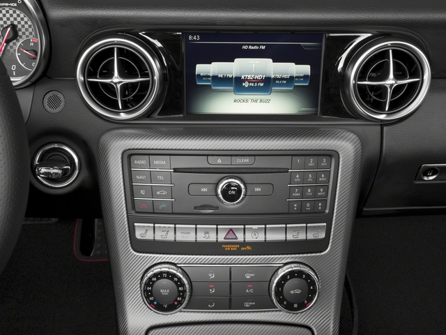 2018 Mercedes-Benz SLC Pictures SLC AMG SLC 43 Roadster photos stereo system