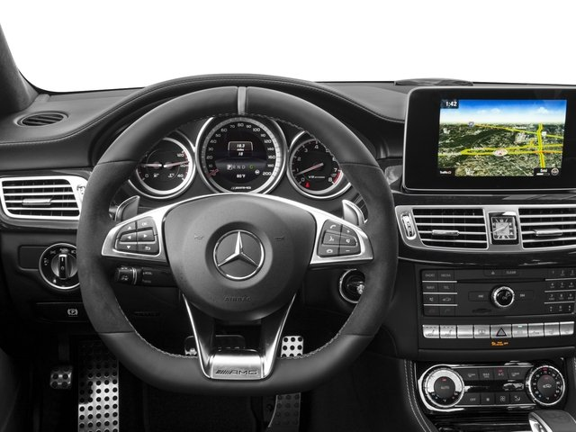 2018 Mercedes-Benz CLS Pictures CLS AMG CLS 63 S 4MATIC Coupe photos driver's dashboard