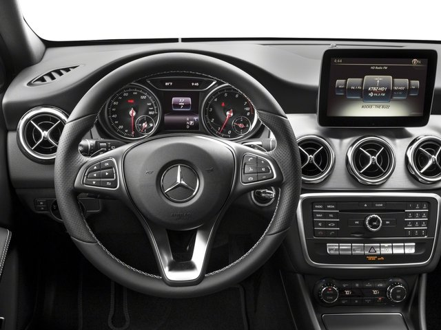 2018 Mercedes-Benz GLA Prices and Values Utility 4D GLA250 2WD I4 Turbo driver's dashboard