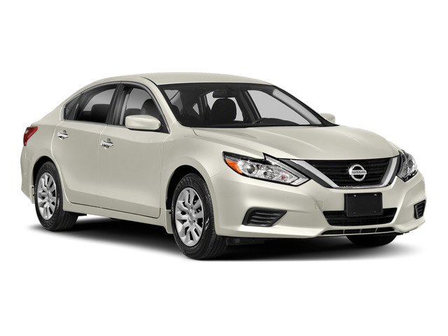 2018 Nissan Altima Pictures Altima 3.5 SL Sedan photos side front view
