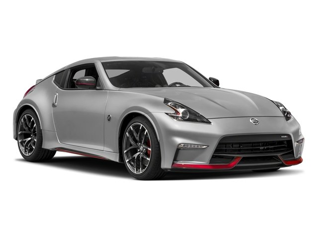 2018 Nissan 370Z Coupe Pictures 370Z Coupe 2D NISMO Tech V6 photos side front view