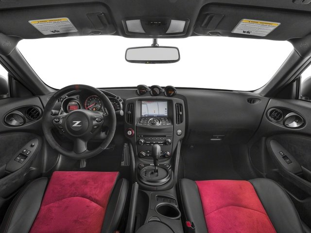 2018 Nissan 370Z Coupe Pictures 370Z Coupe NISMO Auto photos full dashboard
