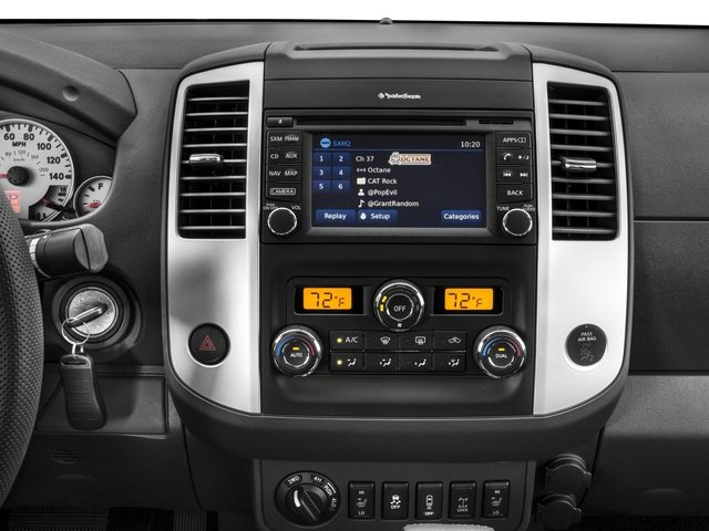 2018 Nissan Frontier Pictures Frontier Crew Cab 4x4 PRO-4X Manual photos stereo system