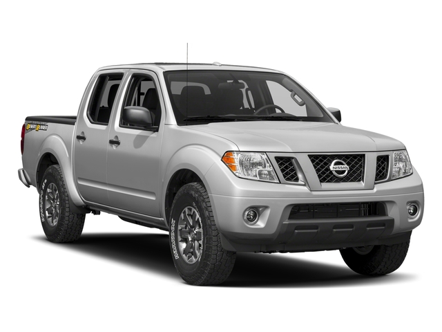 2018 Nissan Frontier Pictures Frontier Crew Cab Desert Runner 2WD photos side front view