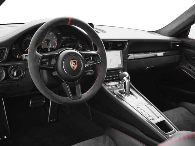 2018 Porsche 911 Pictures 911 GT2 RS Coupe photos full dashboard