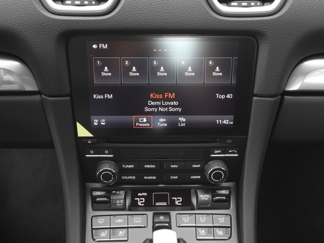 2018 Porsche 718 Cayman Pictures 718 Cayman GTS Coupe photos stereo system