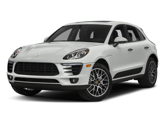 2018 Porsche Macan Pictures Macan Turbo AWD w/Performance Pkg photos side front view