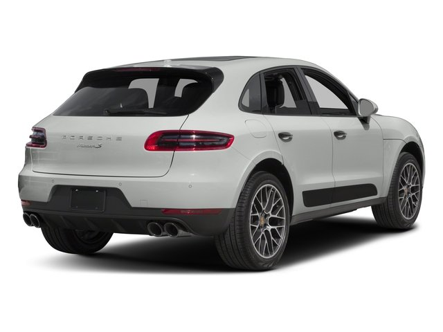 2018 Porsche Macan Pictures Macan Turbo AWD w/Performance Pkg photos side rear view