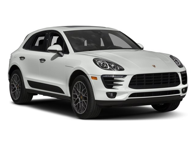2018 Porsche Macan Pictures Macan Utility 4D GTS AWD V6 Turbo photos side front view