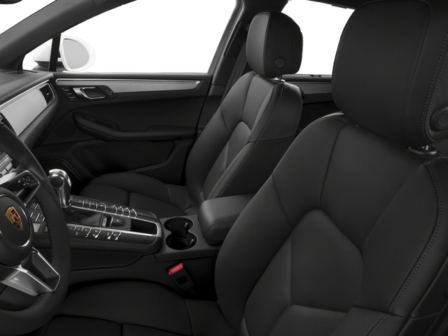 2018 Porsche Macan Pictures Macan GTS AWD photos front seat interior