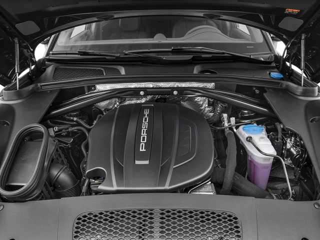2018 Porsche Macan Pictures Macan AWD photos engine