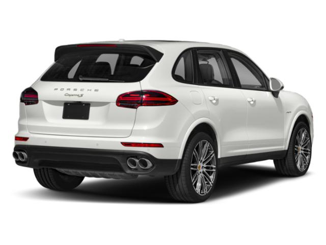 2018 Porsche Cayenne Pictures Cayenne S Platinum Edition E-Hybrid AWD photos side rear view