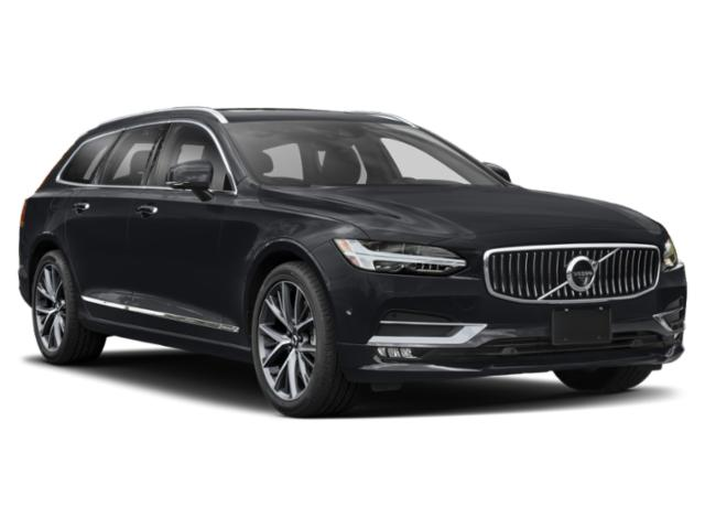 2018 Volvo V90 Pictures V90 Wagon 4D T5 R-DesignTurbo photos side front view