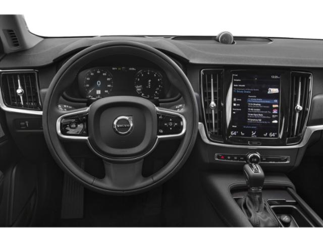 2018 Volvo V90 Cross Country Prices and Values Wagon 4D T5 AWD I4 Turbo driver's dashboard