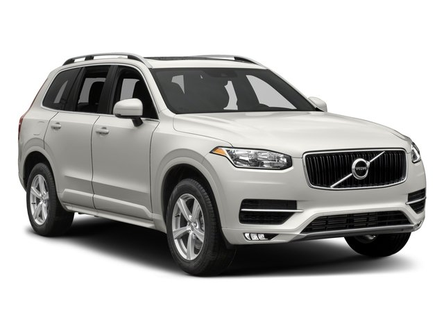 2018 Volvo XC90 Prices and Values Util 4D T5 Momentum AWD I4 Turbo side front view