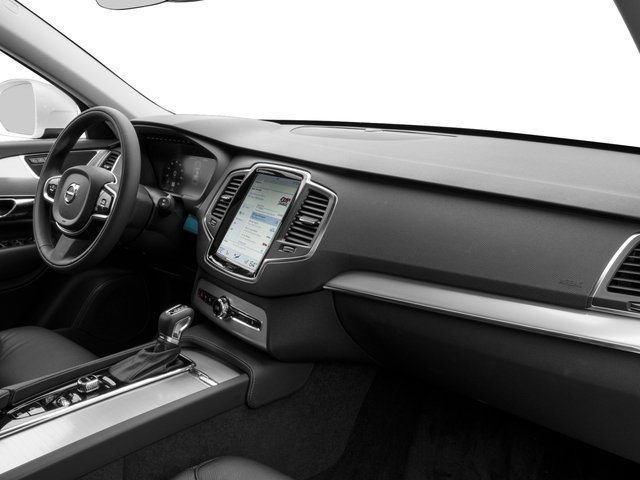 2018 Volvo XC90 Prices and Values Util 4D T5 Momentum AWD I4 Turbo passenger's dashboard