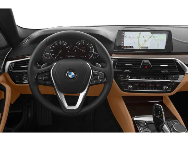 2019 BMW 5 Series Pictures 5 Series 540i xDrive Sedan photos driver's dashboard