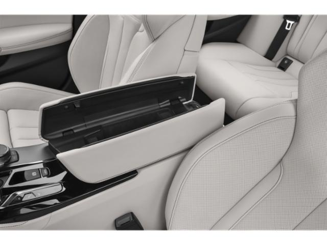 2019 BMW M5 Pictures M5 Sedan photos center storage console