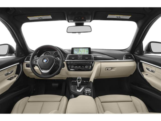 2019 BMW 3 Series Pictures 3 Series 330i xDrive Sports Wagon photos full dashboard