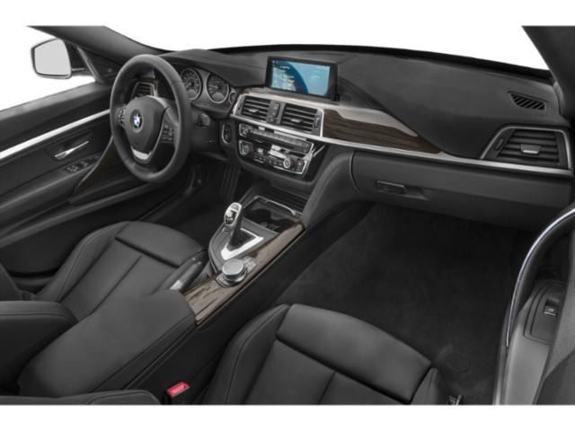 2019 BMW 3 Series Pictures 3 Series 340i xDrive Gran Turismo photos passenger's dashboard