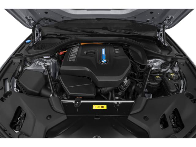2019 BMW 5 Series Pictures 5 Series 530e xDrive iPerformance Plug-In Hybrid photos engine