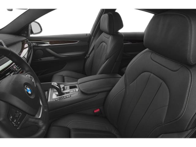 2019 BMW X6 Pictures X6 xDrive35i Sports Activity Coupe photos front seat interior