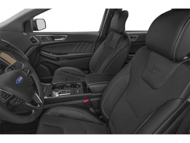 2019 Ford Edge Pictures Edge SE AWD photos front seat interior