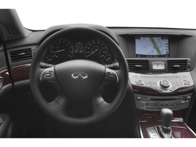 2019 INFINITI Q70 Base Price 5.6 LUXE RWD Pricing driver's dashboard