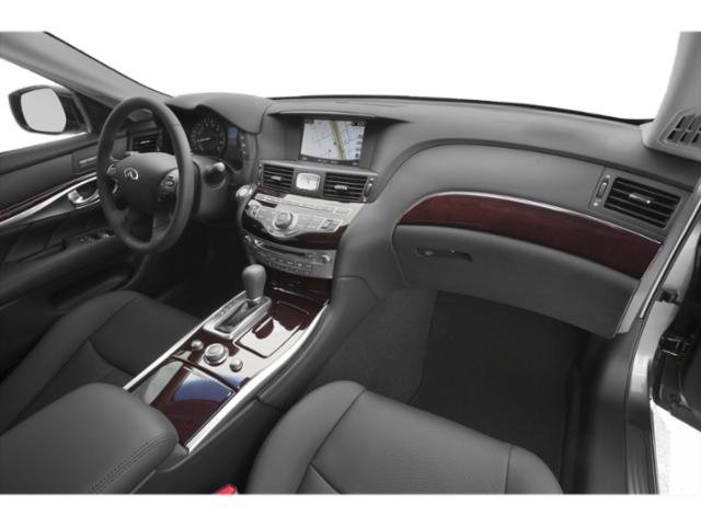 2019 INFINITI Q70 Base Price 5.6 LUXE RWD Pricing passenger's dashboard