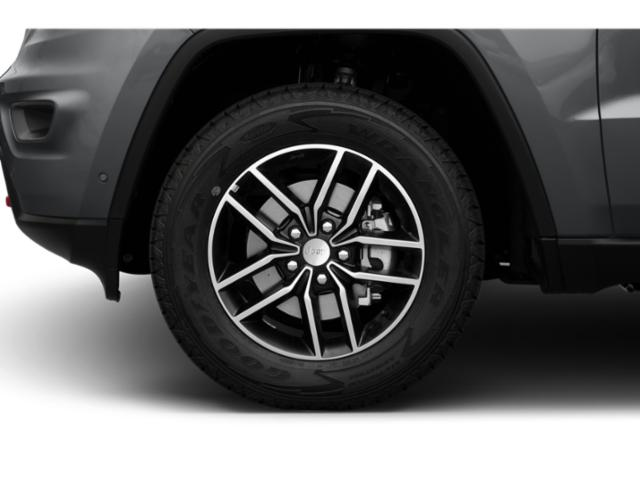 2019 Jeep Grand Cherokee Pictures Grand Cherokee Laredo E 4x4 photos wheel