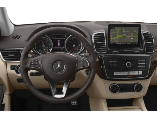 2019 Mercedes-Benz GLE Pictures GLE GLE 400 4MATIC SUV photos driver's dashboard