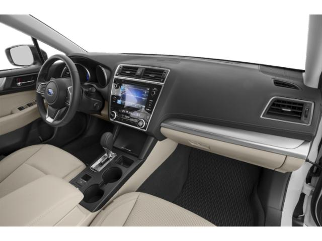2019 Subaru Outback Pictures Outback 2.5i photos passenger's dashboard