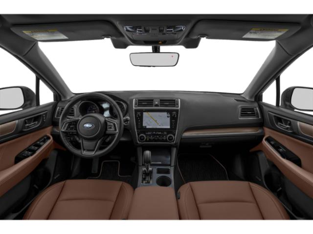 2019 Subaru Outback Pictures Outback 2.5i photos full dashboard