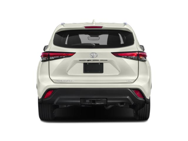 2020 Toyota Highlander Base Price XLE AWD Pricing rear view
