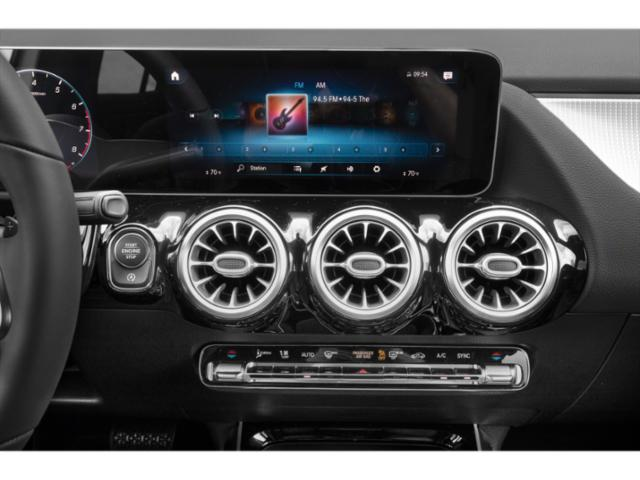 2021 Mercedes-Benz GLA Pictures GLA GLA 250 SUV photos stereo system