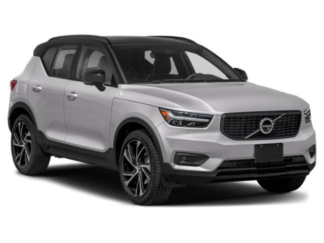 2021 Volvo XC40 Base Price T4 FWD Inscription Pricing side front view