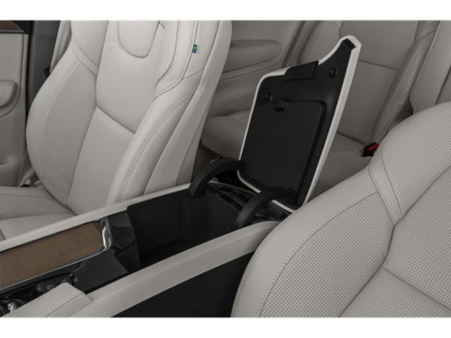 2021 Volvo XC90 Base Price Recharge T8 eAWD PHEV Inscription 6P Pricing center storage console