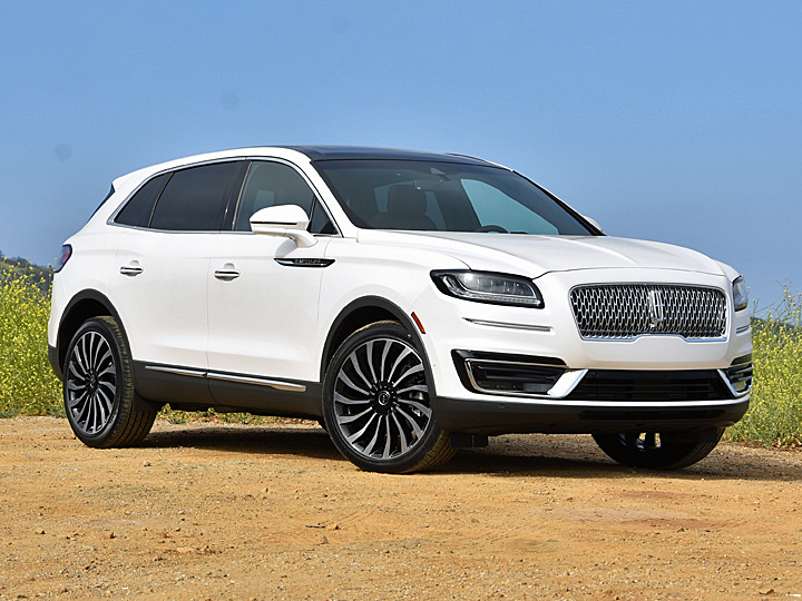 2019 Lincoln Nautilus Black Label White Front View