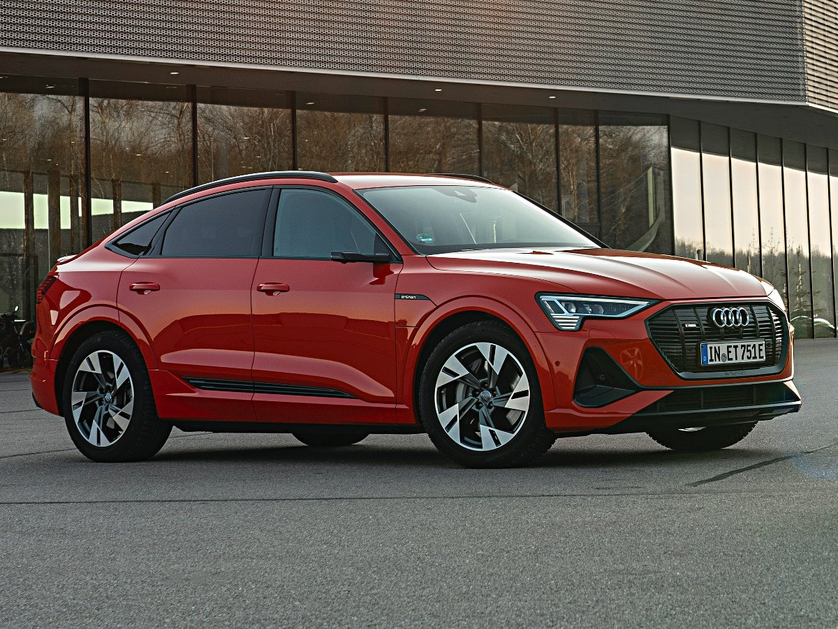 2020 Audi E-tron Sportback front and side view