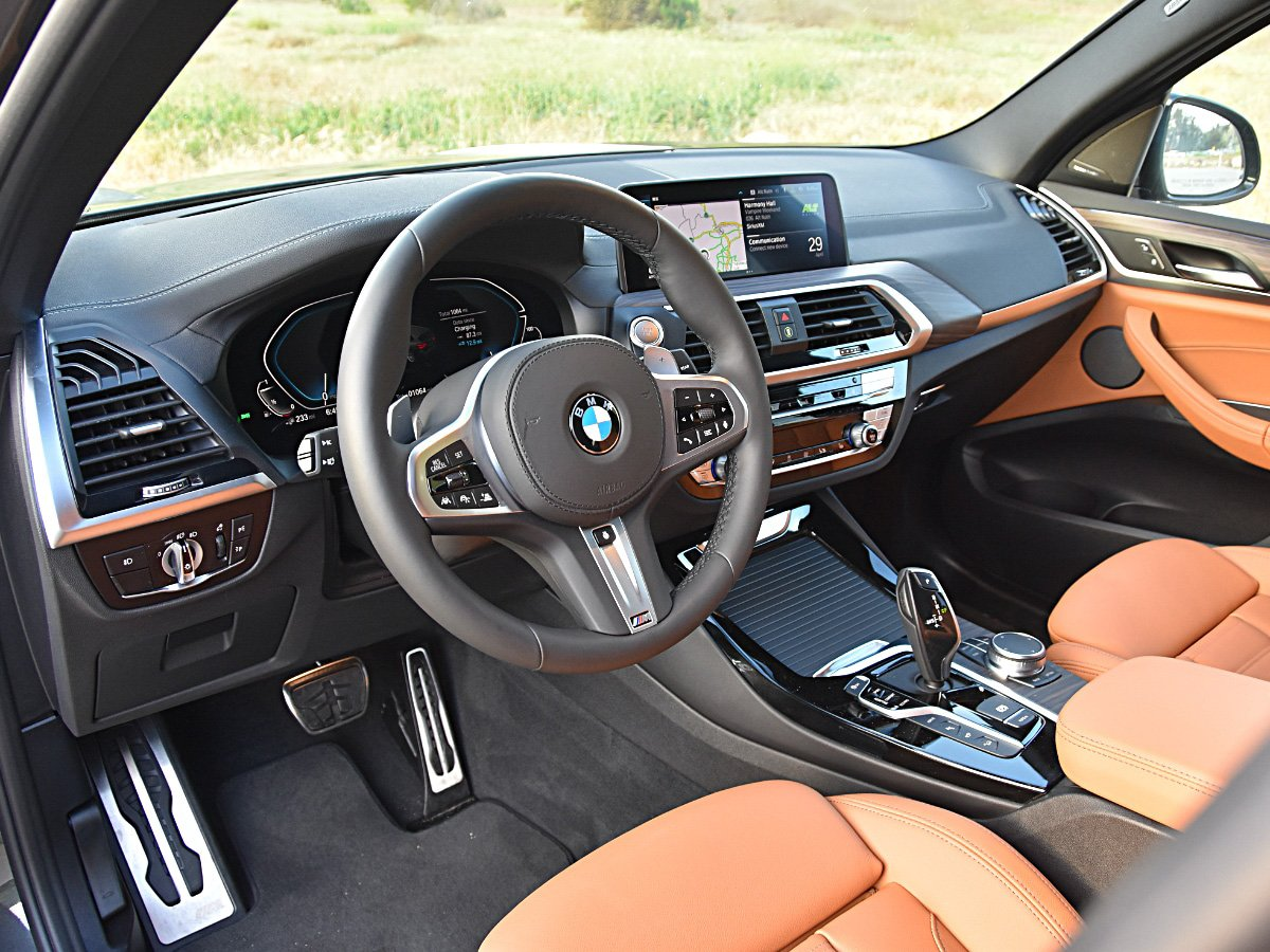 BMW X3 Plug-in Hybrid Gray Interior and Dashboard View