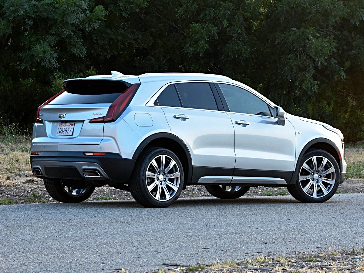 2020 Cadillac XT5 Premium Luxury Silver Rear View