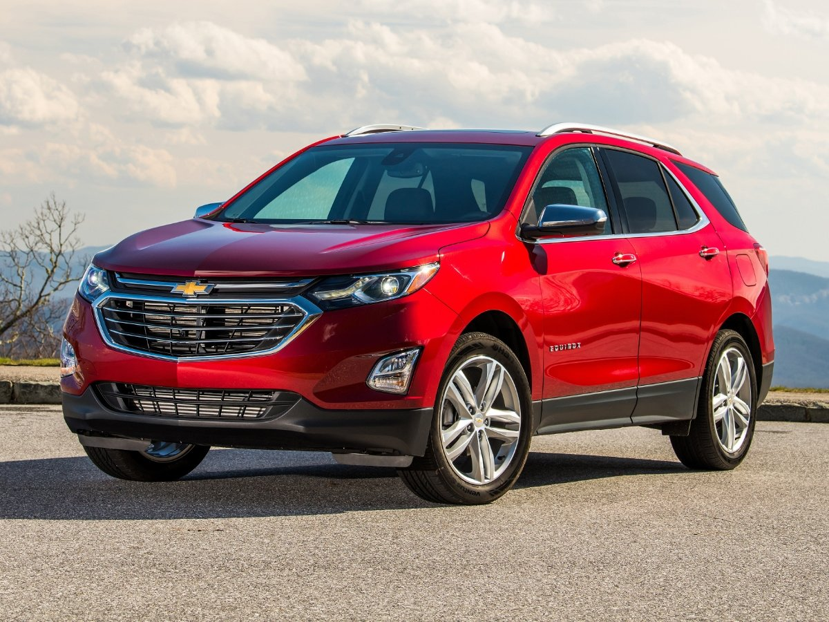 2020 Chevrolet Equinox Red Front View