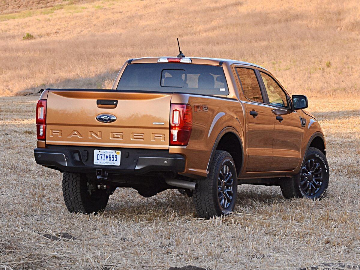 2020 Ford Ranger XLT Sabor Orange rear view