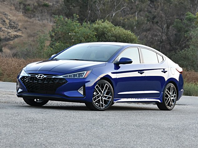 2020 hyundai elantra review expert reviews j d power 2020 hyundai elantra review expert