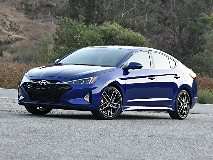 2020 Hyundai Elantra Review Expert Reviews J D Power