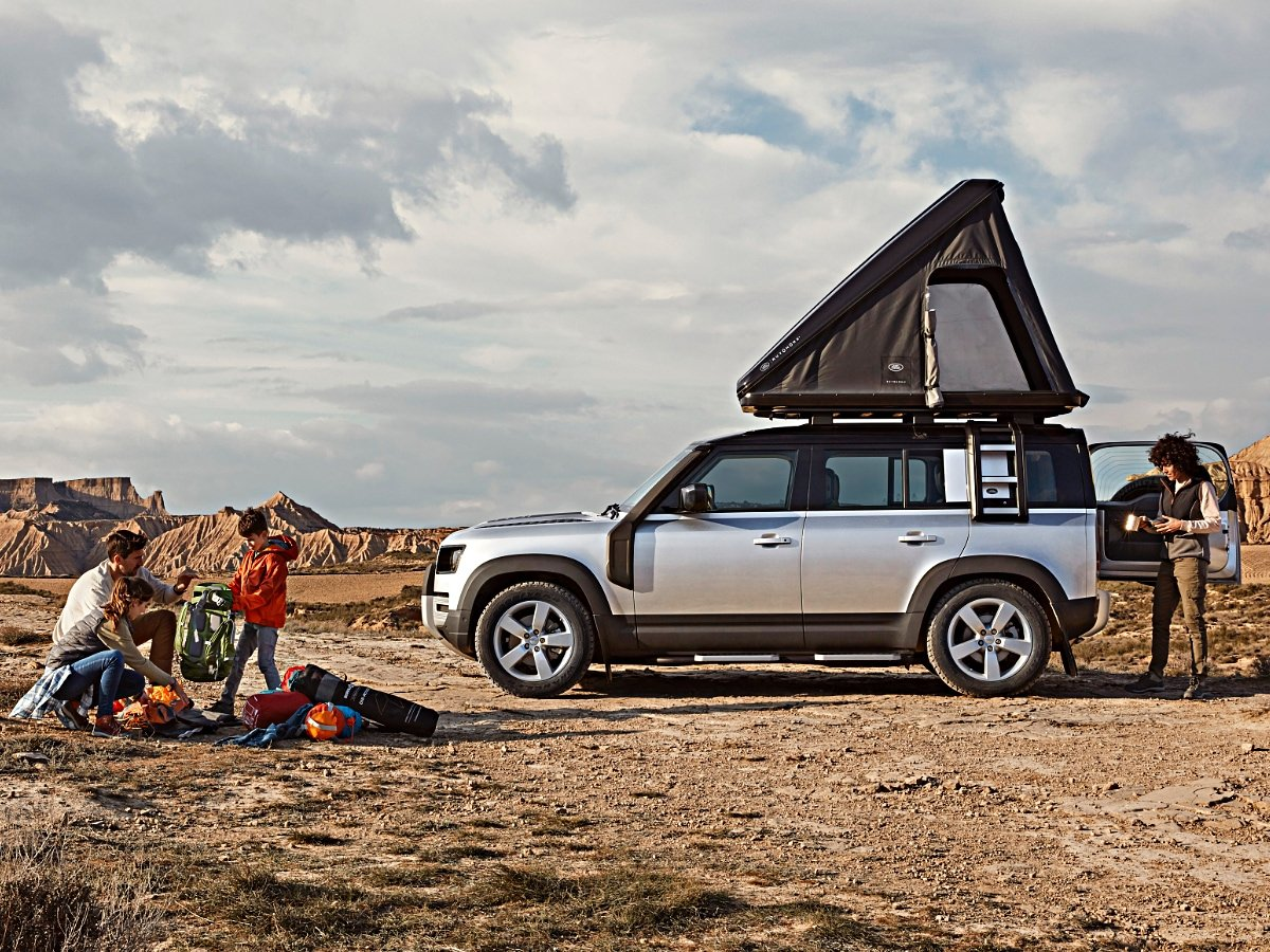 2020 Land Rover Defender 110 Roof Tent