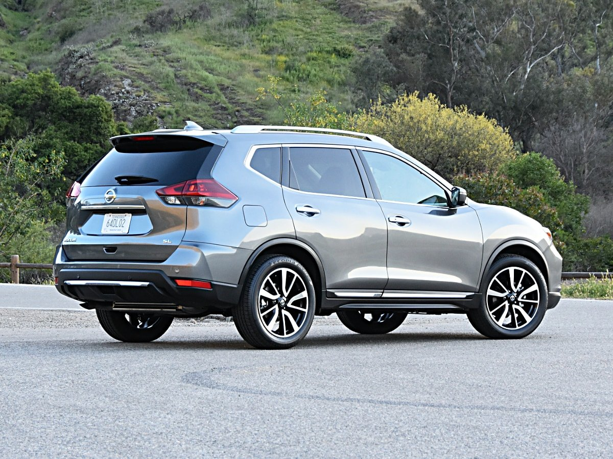2020 Nissan Rogue SL exterior view in gray