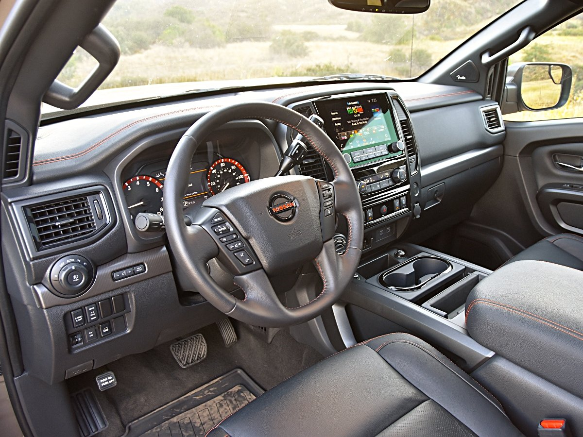 2020 Nissan Titan PRO 4X Dashboard and Interior